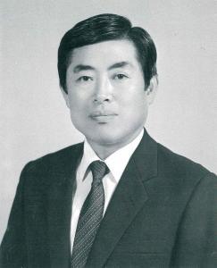 제5대 신상렬 교장선생님