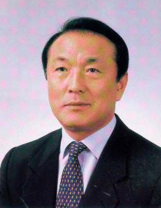 제9대 오관영 교장선생님